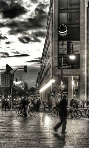 Berlin Streetphoto_bw Blackandwhite Monochrome