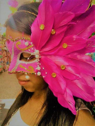 Antifaz Beauty Dobble Lifestyles Only Women Outdoors Pink Color Portrait