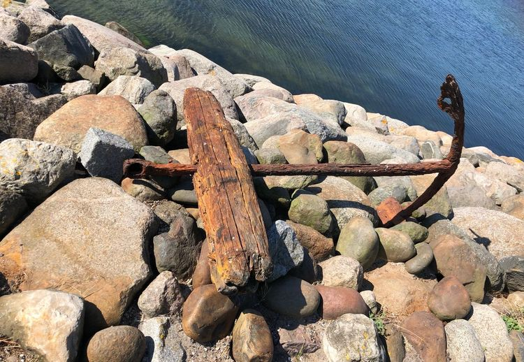 Old Anchor Rock