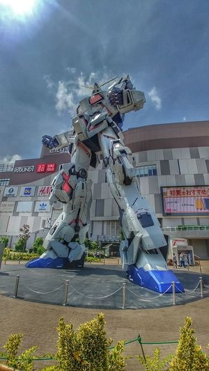 mobile suit Gundam Unicorn Gundam Unicorn Odaiba Tokyo Japan Futuristic City Beach Water Sky Architecture Building Exterior Built Structure