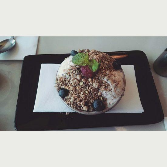 Food Porn Awards #rhubarb crumbled ice cream.. 😱😱😻😻