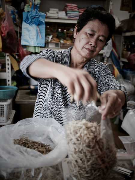 Sarawak market Woman Faces Portrait Of A Woman Business Freshness Market Occupation People Portrait Small Business Smiling Streetphotography Working
