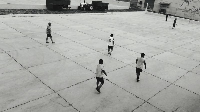 Black And White B&w Soccer Life Photography Workers At Work Adaptation Coffee Travel