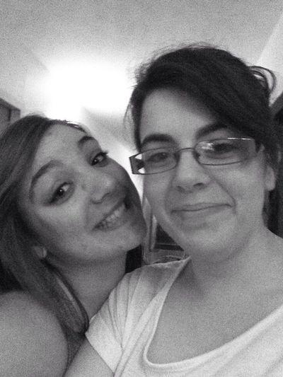 Friends Love Ugly LOL ??✌️