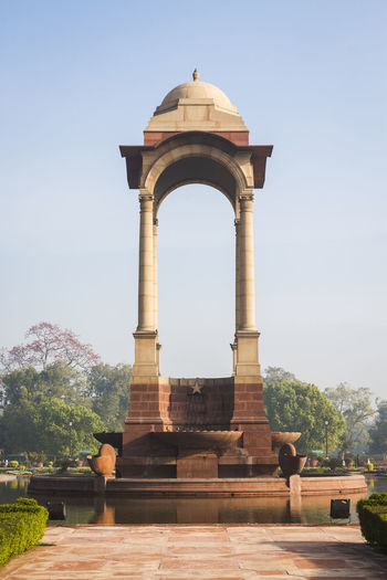 architecture of canopy at India Gate, Rajpath, New Delhi, India Arch Architectural Column Architecture Built Structure Canopy Day Famous Place History India Gate India Travel Indiapictures Monument Outdoors The Past Tourism Travel Destinations