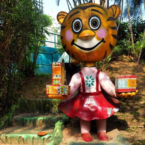 "Here's a fun fact. The brothers who built the Haw Par Villa, are also the ones behind the popular medication ""Tiger Balm"" Singapore Hawparvilla"