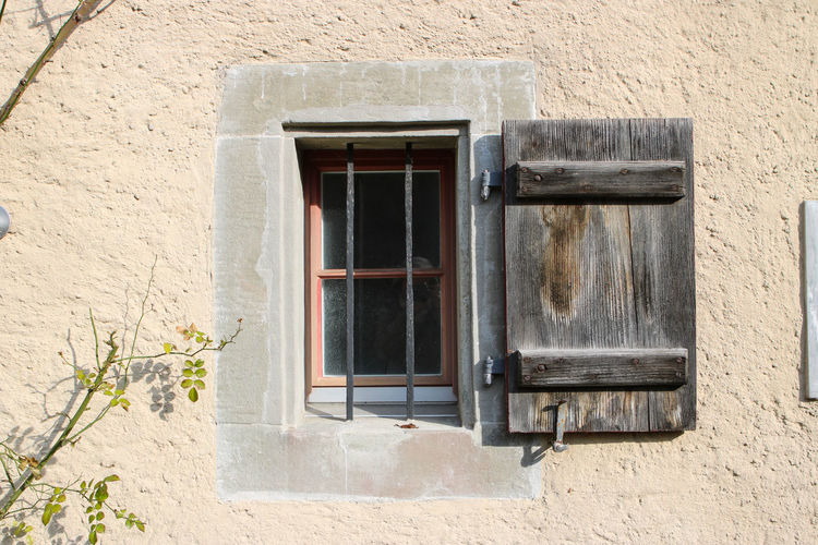 Architecture Building Exterior Detail Old Old Building Exterior Simplicity Wall Window Window Shutter Showcase March
