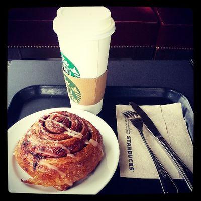 Quick breakfast before going home. ♥ Starbucks SB Starbucksph Coffee cinnamonroll whitechocolatemocha coffeelover coffeeaddict