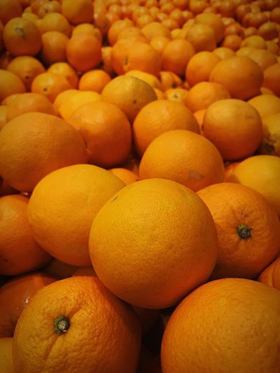 Freshness Fruit Full Frame Orange Color Healthy Eating Backgrounds Food Citrus Fruit Food And Drink Yellow No People Large Group Of Objects For Sale Market Close-up Day Outdoors Orange Supermarket