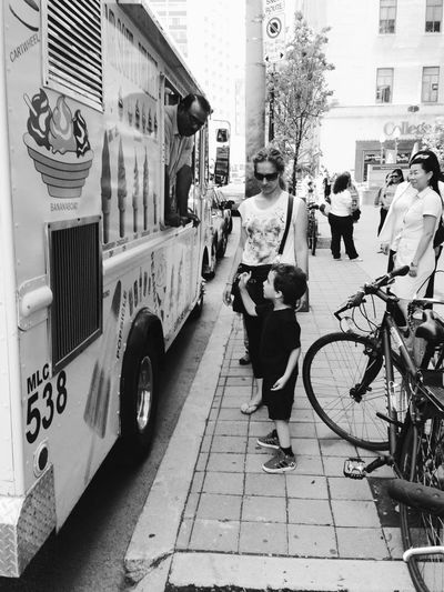 IPhoneography Blackandwhite Streetphoto_bw Ice Cream Truck