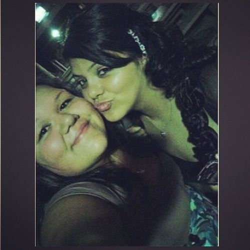 Woah!! Throwback with my babygirl?❤ @mariitzaa_xoxo Parentswedding TBT  Loveher