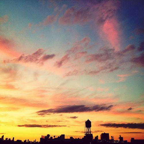 Sunset And Clouds  Skyline Landscape İ Love NY