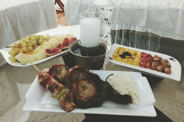 What's For Dinner? Delicious Turkish Raki Turkish Kebap Kokoreç Delicious Food Rakı Raki Sofrasi Çilingir Sofrası Kavun