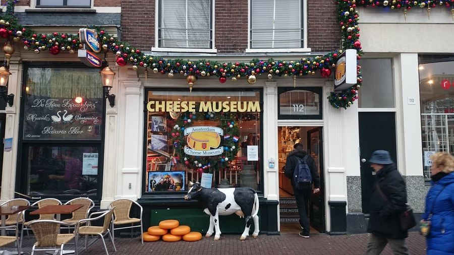 Amsterdam Cheese Museum Christmas Holiday Holidays Holiday Feeling Christmas Time Amsterdam Amsterdamcity Netherlands Holland Cheese Cheese Museum Amsterdam Cheese Museum Europe European  Urban Store Front City Christmas Market Store Market Architecture Building Exterior Built Structure Shop Window Display Store Window Display Christmas Ornament Retail Display Christmas Decoration