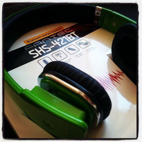 Fantec SHS421BT FantecSHS421BT BluetoothStereoHeadset BluetoothHeadset BluetoothWirelessHeadset
