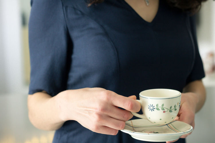 Cup Mug Midsection One Person Holding Refreshment Drink Food And Drink Hot Drink Coffee Cup Coffee - Drink Human Hand Real People Adult Indoors  Lifestyles Tea Cup Hand Drinking Non-alcoholic Beverage Blue Tea Time Softness Soft Light EyeEm Best Shots