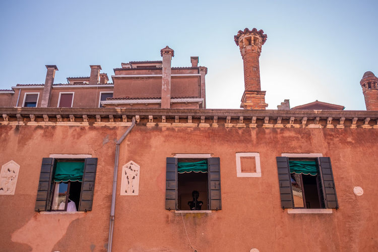 Venice Architecture Built Structure Building Exterior Building Window Low Angle View Sky Clear Sky Day Nature No People History Outdoors The Past Wall Sunlight Travel Destinations Residential District Old Travel