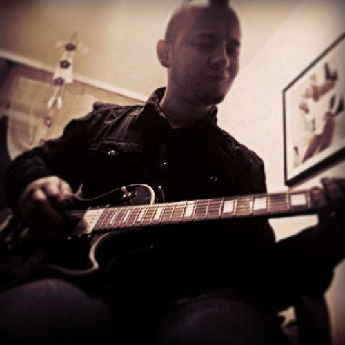 @paweleklach Gitara Guitar Musician Wcz ówka wena tworcza nice evening lalala instaboy miniplaybackshow gdansk boy poland coffeetime