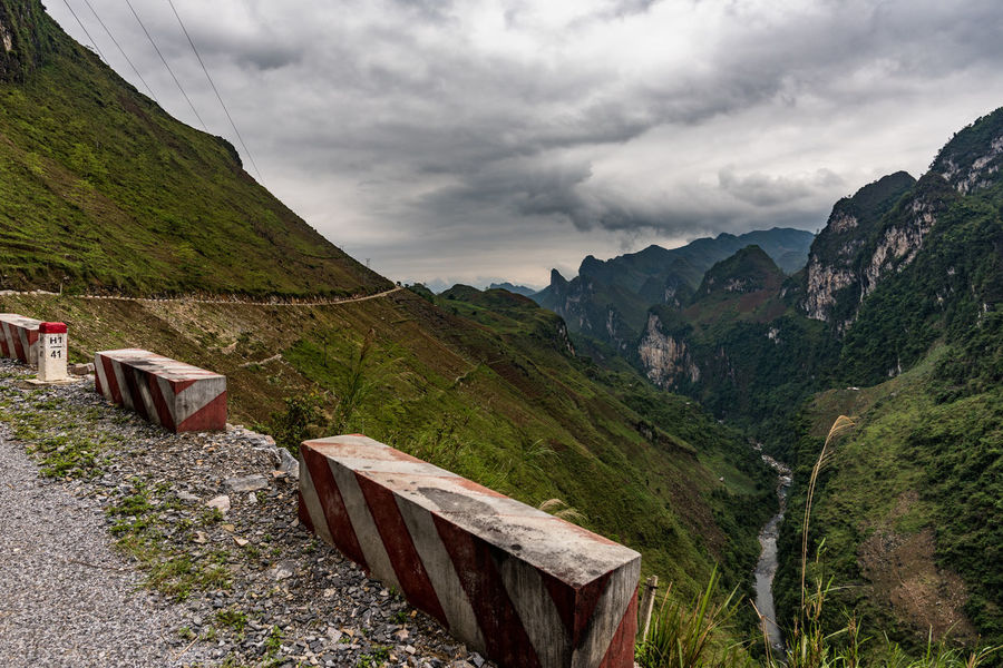 Canyon Cloud - Sky Ha Giang, Vietnam Hà Giang Landscape_photography Mountain Mountain Range No People Outdoors Scenics South East Asia Storm Cloud Viet Nam Vietnam