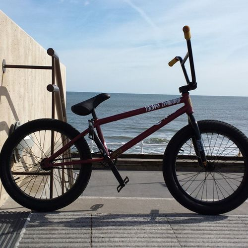 Finally back up and running! Shout out to @riders_company for the dope stickers! Bmx  Bmxing Bike Riding Ridebmx Flyproton2014 Flybikes Fly Seafront Bmxporn