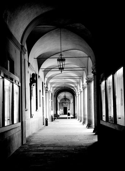 Black & White Arch Architectural Column Architecture Blackandwhite Built Structure Corridor Day Hanging Illuminated Indoors  No People The Way Forward Università Di Pavia