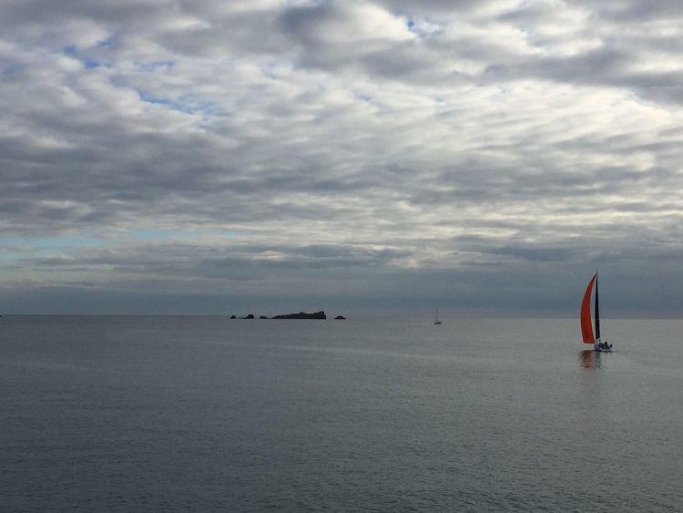 Lion De Mer Sea Mer Méditerranée Cloud - Sky CIELFIE Nature Skyfie Voilier Bateau
