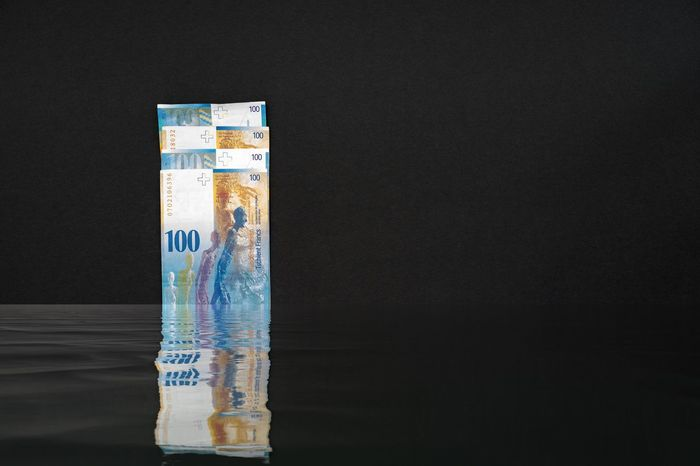 Four banknotes reflected in immersed water arranged on top of each other back side on top of black background - Money Background Black Black Money Dark Banknotes HUNDRED Reflect Water Dipped  Immersed Waves Fidgety Fraud Illegal Tax Fraud Tax Evasion Looph Finance Treasury Demand Shadow Economy