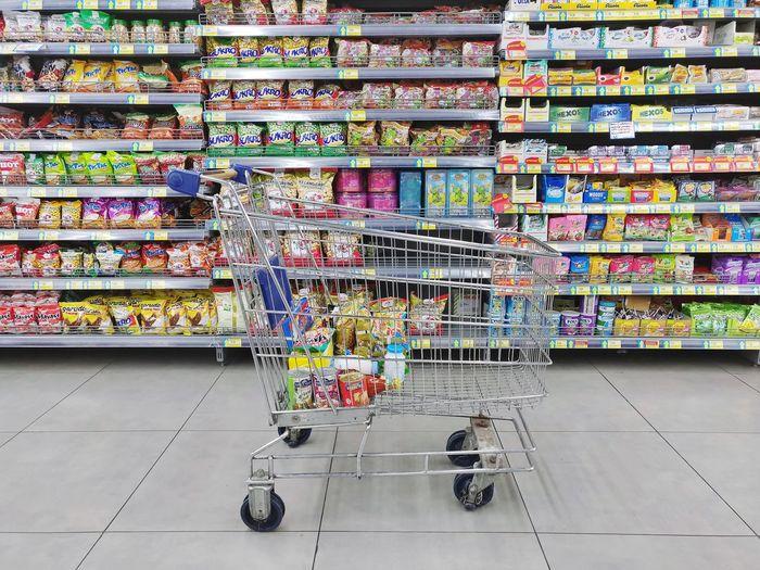 Market Self Supermarket Brand Baverage Snack Multi Colored Arrangement Shop Variation Variety Market Stall