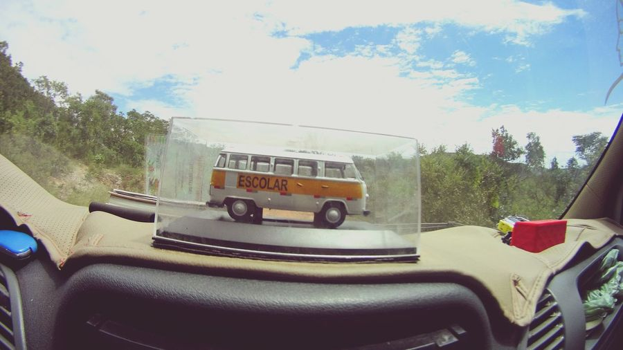 Kombie 🚐 Transportation Land Vehicle Minicar Volkswagen Escolar Car Commercial Land Vehicle Mode Of Transport Semi-truck Car Interior Road Cloud - Sky No People Day Fire Engine Outdoors Tree Sky