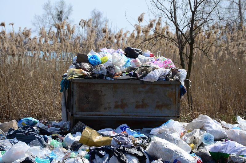 Stack of garbage bin