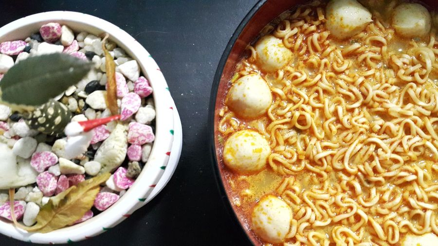 Tom yam kung Nudle Nudles Plate Bowl Gourmet Directly Above Close-up Food And Drink