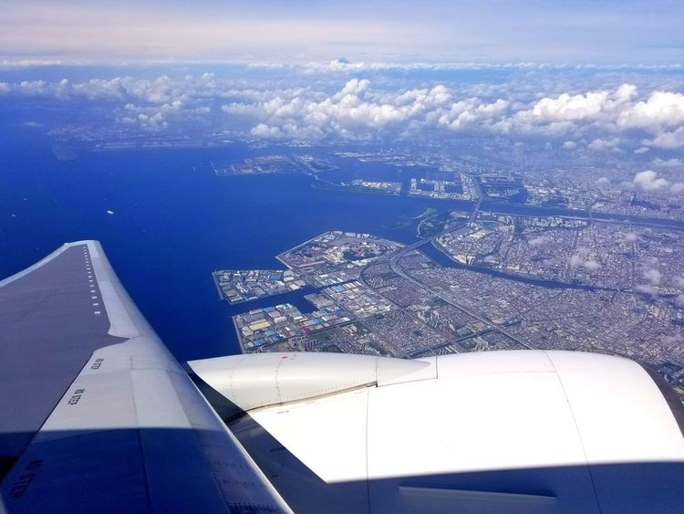 Just after taking off from Haneda airport.Beautiful view!We are flying to Sapporo,Hokkaido. Airplane Wing Flying Aerial View Airplane Sky Boeing777 Viewfromthewindow Tokyobay Haneda Haneda Airport Japan Japan Photography Viewfromthesky