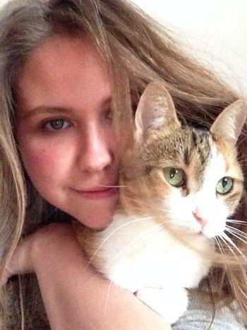 My beautiful cat Cat Cats Beautiful Woman Cat Lovers Girl Love ♥ EyeEm