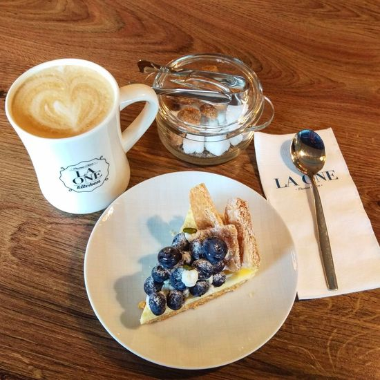 Blueberry Pie Cafe Latte Afternoon Tea Life Happy