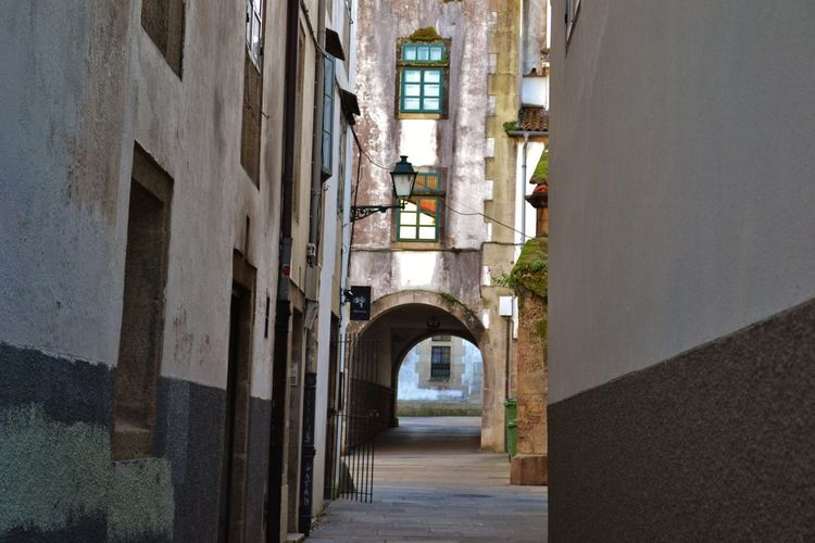 Arcade Window Old City Sunlight Wall The Past History Direction The Way Forward Built Structure Building Exterior Arch Building Day Alley Architecture No People