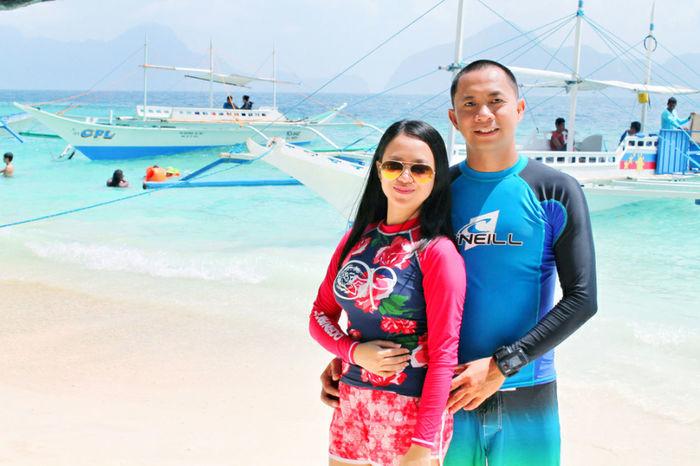 Havin' good time at Entalula beach with my love. Entalulabeach Elnido Tourb Elnidopalawan2016 Enjoying Bloggerlife People And Places Photography EyeEm Eyeem Photo Eyeem Philippines Leimeafotografia