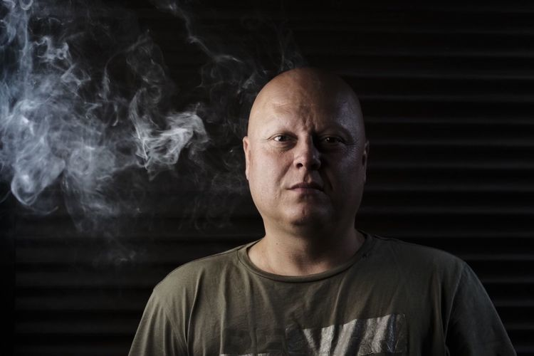 Neon alley 2 Neon Smoking - Activity Portrait One Person Headshot Smoke - Physical Structure Looking At Camera Real People Front View Men Casual Clothing Mid Adult Mid Adult Men Mature Men Leisure Activity Black Background Smoking Issues Lifestyles Mature Adult The Portraitist - 2018 EyeEm Awards The Troublemakers