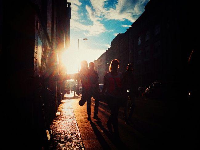 Summer Sunshine Sunset Kreuzberg Streetphotography Kiezlife KiezPic Streetlife The Moment - 2015 EyeEm Awards The Street Photographer - 2015 EyeEm Awards Here Belongs To Me Up Close Street Photography Capture Berlin