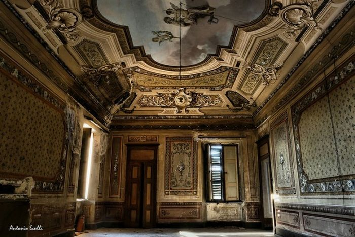 Il gioiello dimenticato Kings_abandoned Ig_abandoned Abandon_seekers Abandonedplaces Abandon_seekers_#infinity_unguarded#urbex Abandonedhouse Abandoned_excellence Abandoned_earth Ig_urbex Total_abandoned Abandonedexcellence#ascosi_lasciti#underworld_exploration Abandoned Luoghiabbandonati Urbexworld Italia Piemonte Tesoriabbandonati SamsungNX500 Decai_illife Samsung Decai Ornate Architecture History Built Structure Indoors  No People Travel Destinations