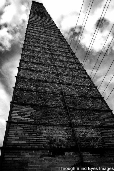 Leading Lines In The Sky Reading Lines Leading Lines Lookingup Looking Up Sky Skyporn Sky And Clouds Towers And Sky Toweringabove Powerlineporn Powerlines Architecture Architecture_collection Blackandwhitephotography EyeEm Best Shots - Black + White Eyeem Black And White Black And White Blackandwhite Black&white Street Photography B&w Photography Clouds And Sky Cloudporn Check This Out EyeEm Gallery