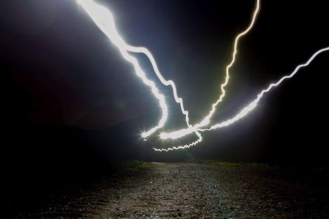 Walking in the night Nightphotography Lightart Light Night Lights EyeEmSwiss DSLR Streamzoofamily