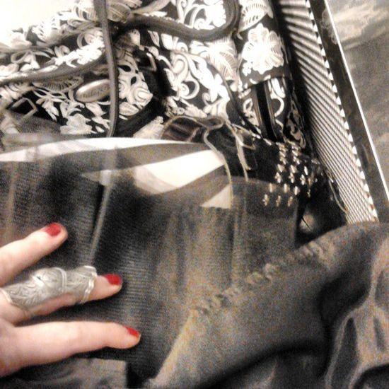 Si vede tanto che sono le mie Calze preferite? Stripes Thights Black white me hand 80s