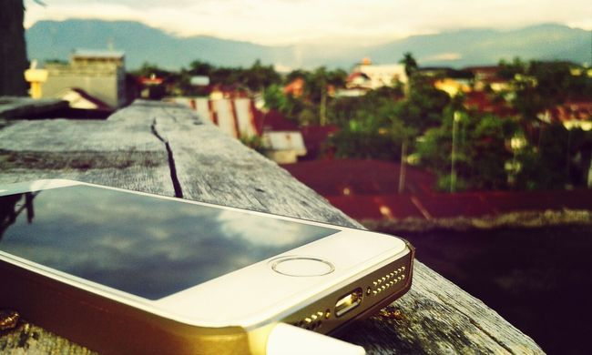 plank&iphone 5s Capture The Ride With Uber Relaxing