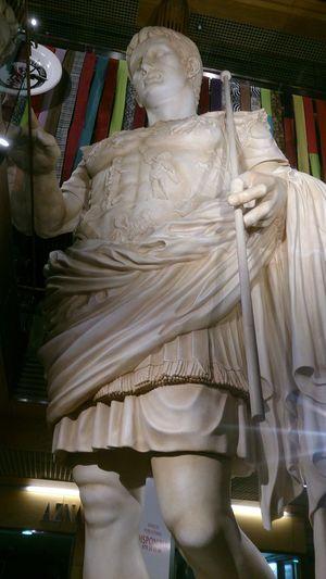 El Emperador Romano Cesaragusto