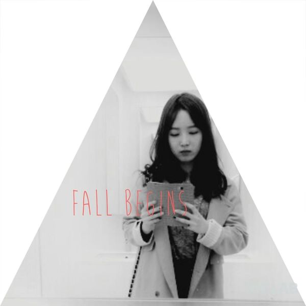 Fall In Love ♡ I came back a happy weekend~ Hi! That's Me Black&white Last fall photo.