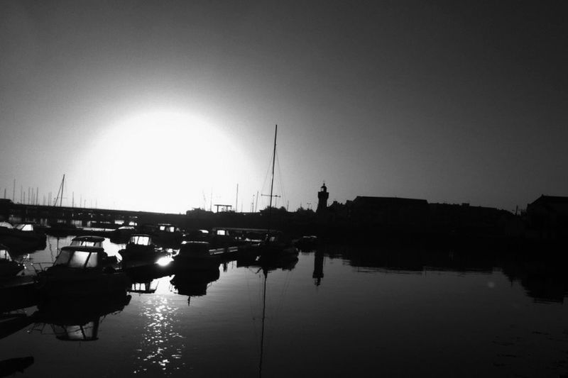 Reflection Bnw_friday_challengeyeem Le Contre Jour Bretagne My Love