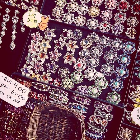 comecome hok molek Brooch Pin Check This Out happy moment many choice