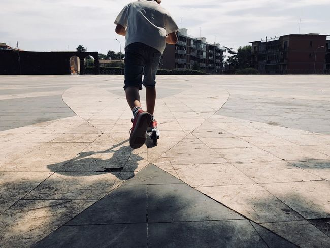 Gooo.... Summer Sports Street Photography Streetphotography Real People Lifestyles Sky Sunlight Nature One Person Leisure Activity Day Shadow Balance Low Section Rear View Summer Sports Love The Game #urbanana: The Urban Playground