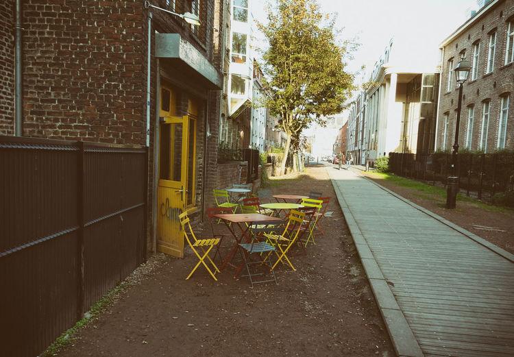 Building Exterior Centreville Couleurs Lille No People Outdoors PauseCafe Salon De The Vintage