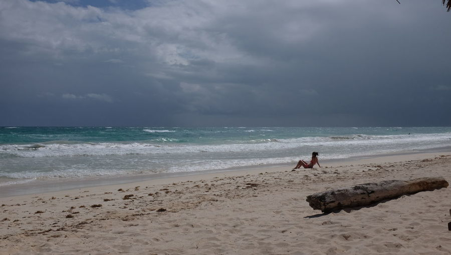 Beach Beauty In Nature Calm Coastline Idyllic Scenics Sea Vacations